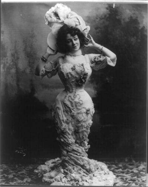 Anna Held 1900 Fashion